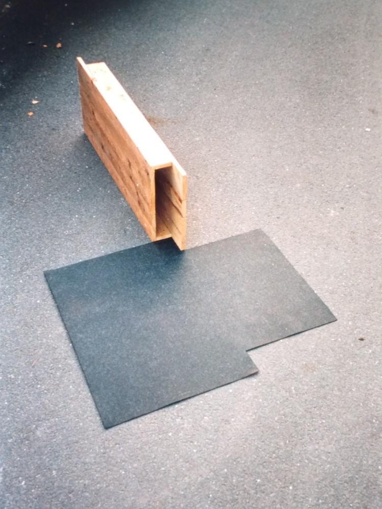 Werner Rückemann, o.T. (untitled), Holz, Teerpappe, Kunstverein Unna, 1995